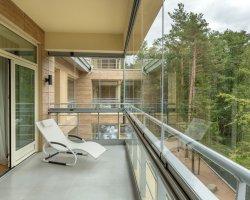 Безрамное остекление балконов: технология будущего