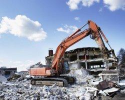 Как организовать снос зданий?