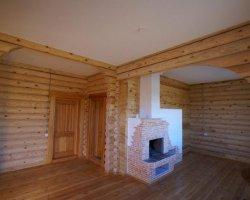 Особенности установки натяжных потолков в деревянном доме