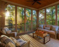 Дачную мебель пора выносить на терассу или в сад