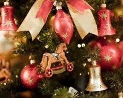Чем украсить дом к празднику, интерьер к году лошади модные цвета