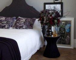 Дом готов: готический дизайн интерьера спальни
