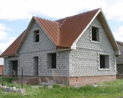Сколько стоит свой дом построить
