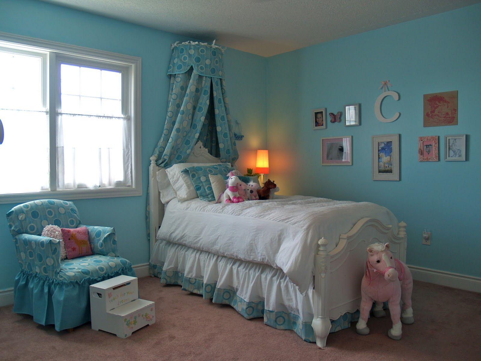 Детская комната в синих оттенках 2